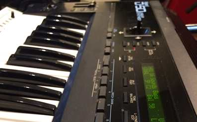 Roland D50 hardware synthesizer