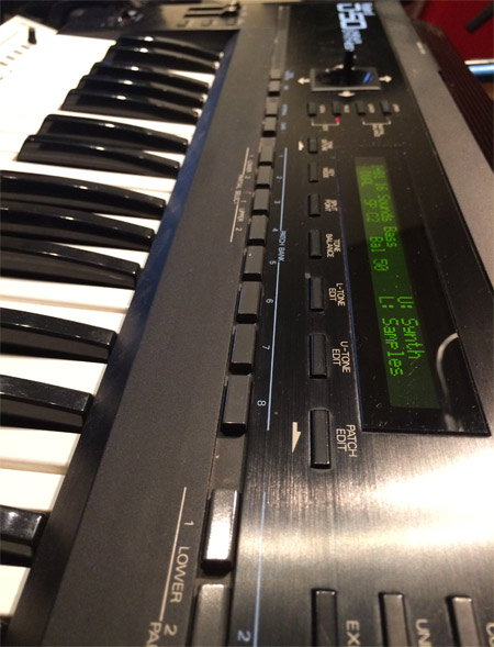 Roland-D50-keys-and-display.jpg